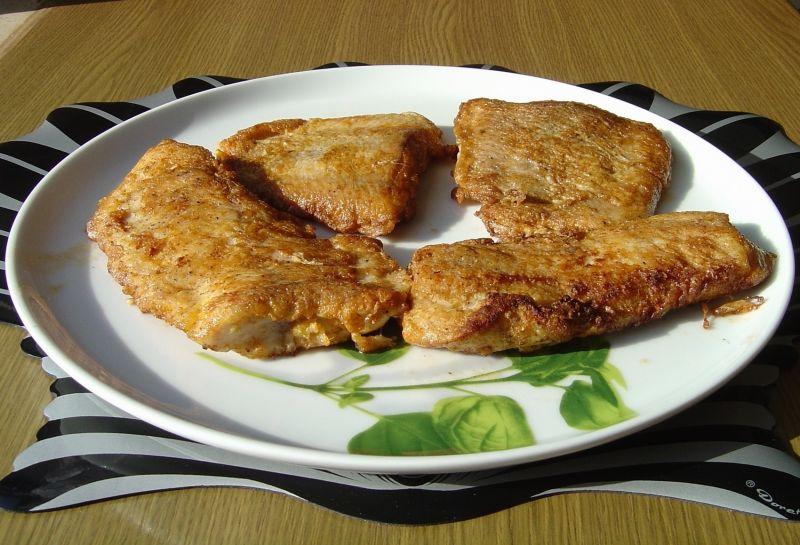 Filety z suma w panierce jajecznej