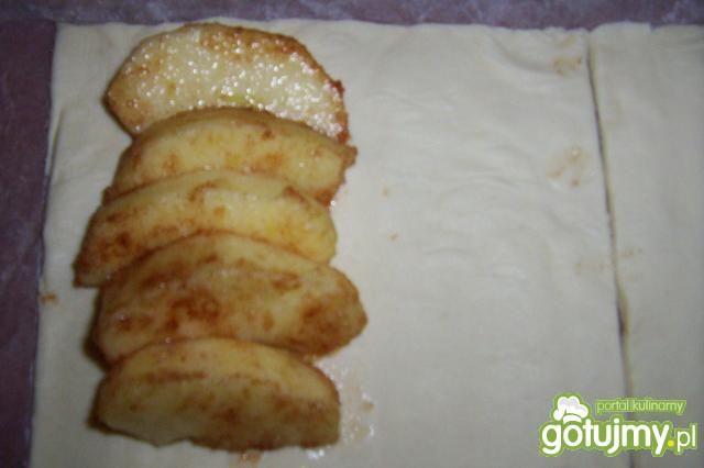 Francuskie ciastka z jabłkami