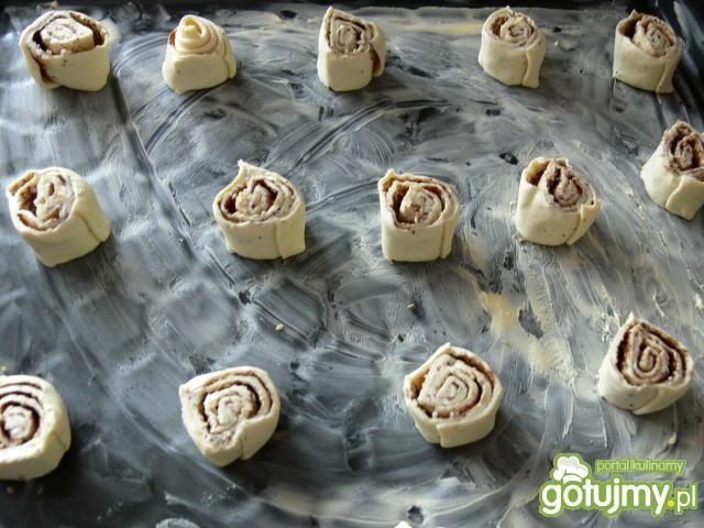 Francuskie ślimaczki z sezamem