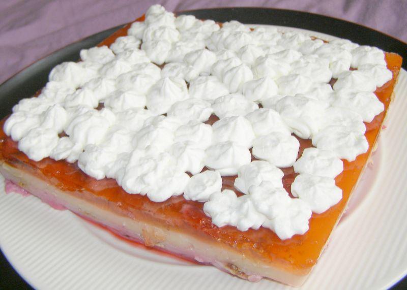 Galaretkowo jogurtowy deser