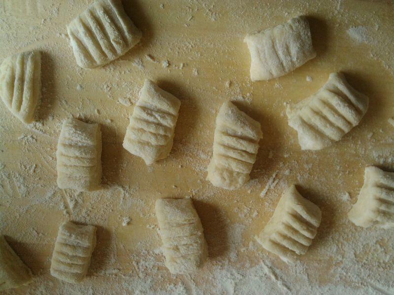 Gnocchi klasyczne z bułeczką na maśle