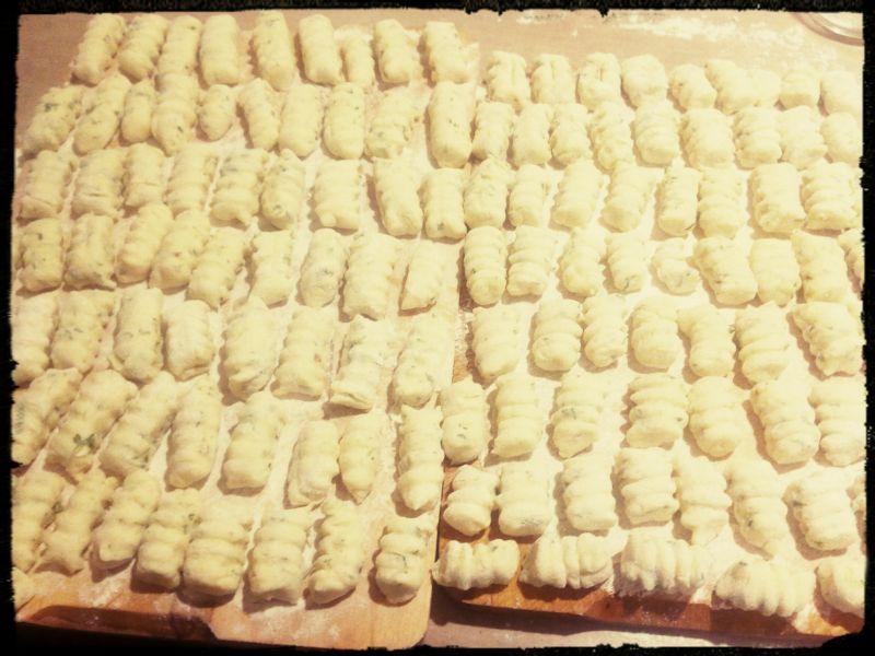 Gnocchi z rzerzuchą i czosnkiem