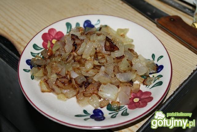 Gołąbki z sosem