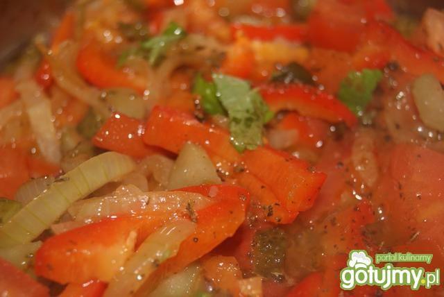 Gotowana szynka w papryce