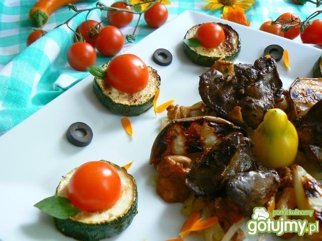 Grillowana wątróbka  z gruszką i kurkami