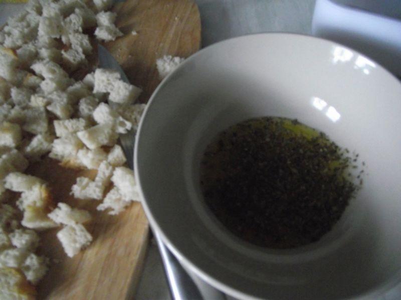 Grzanki do zup kremów i sałatek