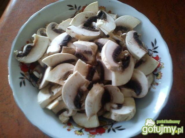 Gulasz wieprzowy z kaszą jęczmienną