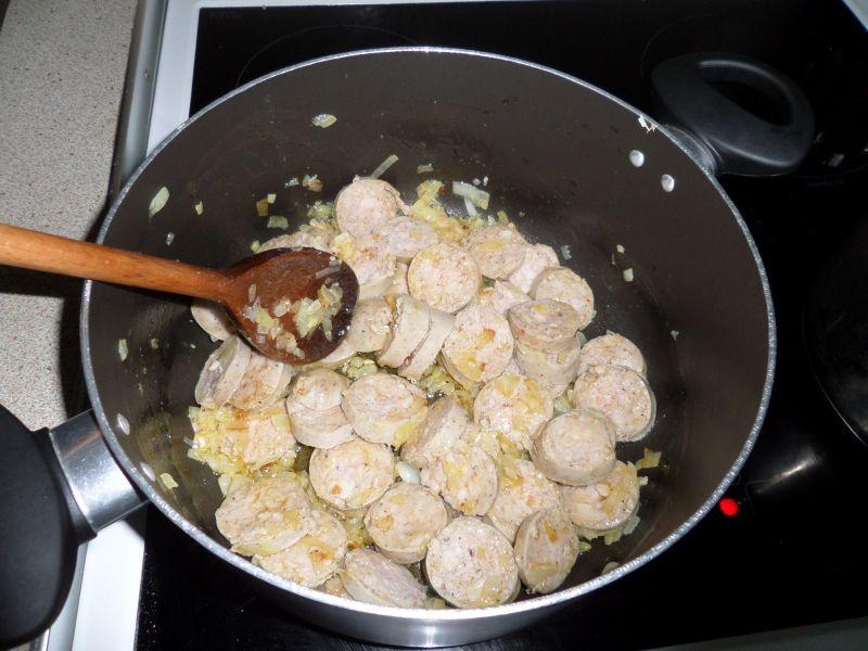 Gulasz z białej kiełbasy