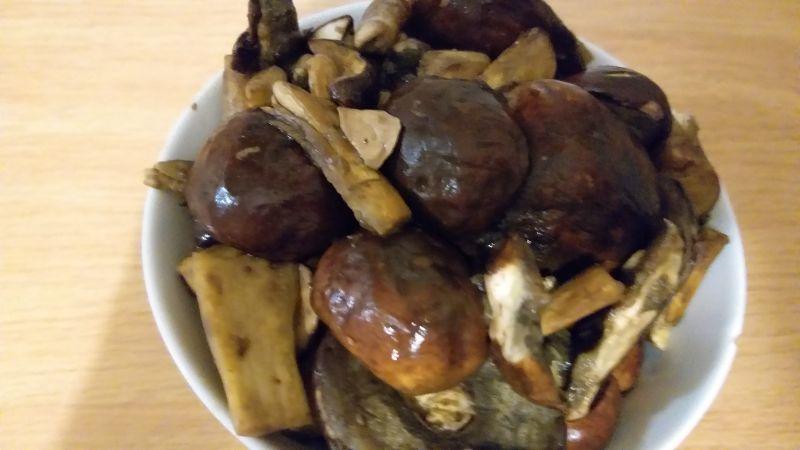 Gulasz z grzybami leśnymi