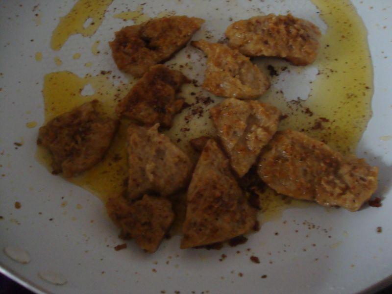 Gyros sojowy z frytkami