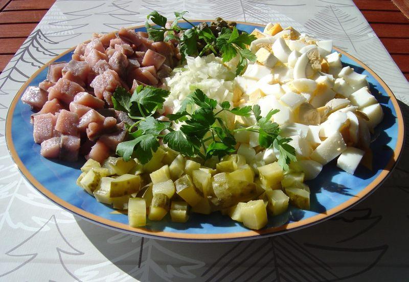 Hekele / śląska sałatka śledziowa