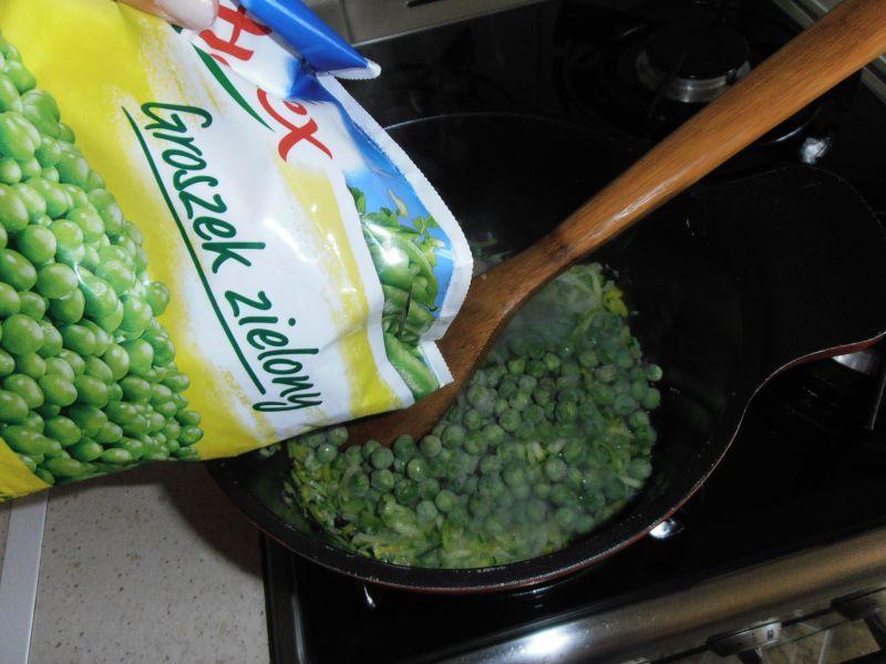 Hiszpańska kremowa zupa z groszku