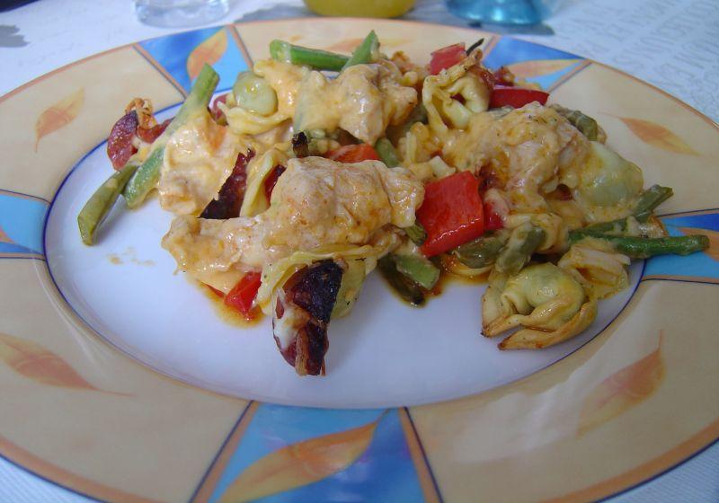 Hiszpańska Zapiekanka Drobiowa z Chorizo
