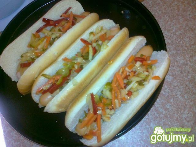 hot dog z rzodkiewką