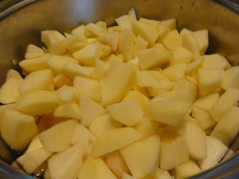 Jabłecznik z bitą śmietaną