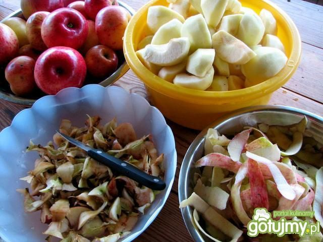 Jabłka na zimę - duszone i skórki