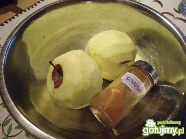 Jabłka pod kruszonką 3