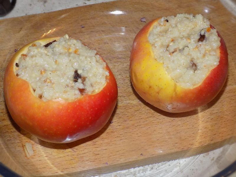 Jabłka z kaszą jaglaną
