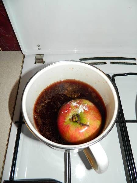 Jabłko gotowane w winie
