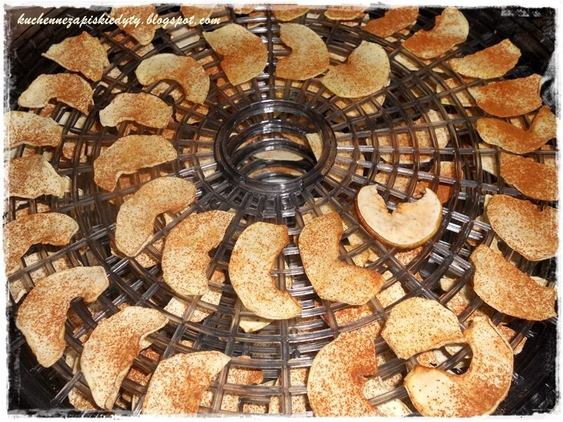 Jabłkowe chipsy cynamonowe