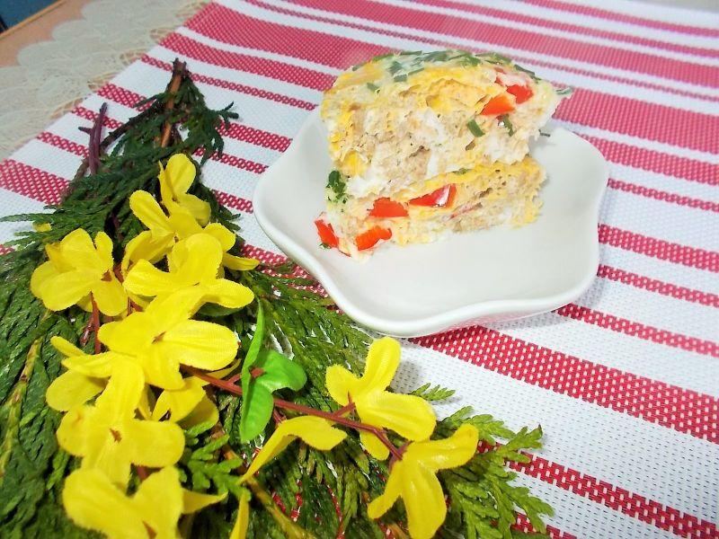 Jajecznica z papryką i tuńczykiem z mikrofali