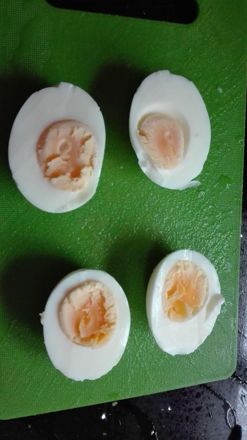 Jajka chrzanowo-paprykowe