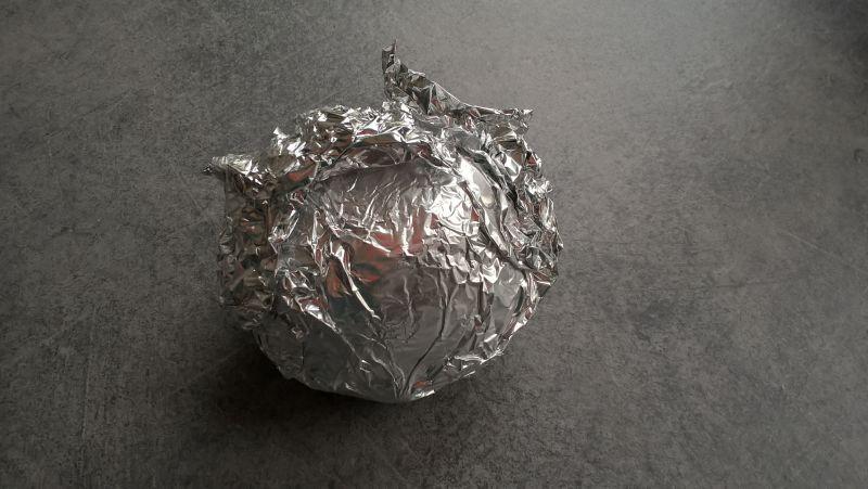 Jajka faszerowane pieczonym burakiem