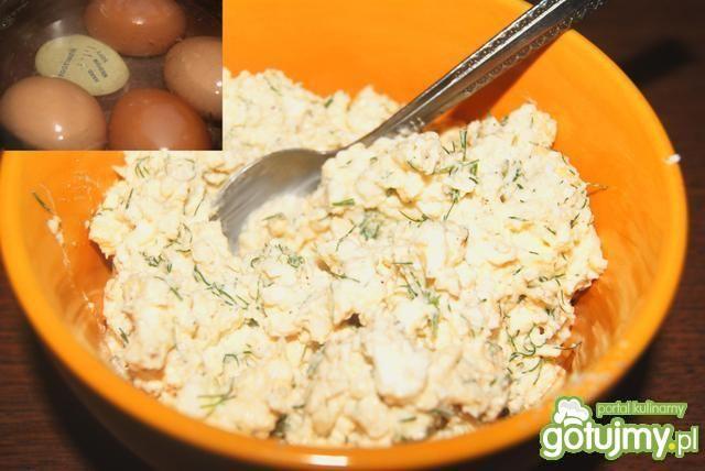 Jajka w panierce parmezanowej