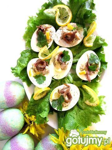 Jajka z farszem sardynkowym