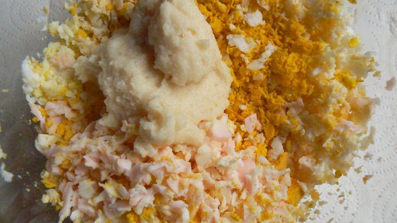 Jajko z chrzanem