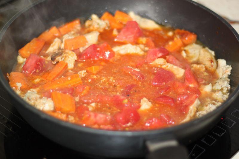 Jednogrankowy miszmasz cukiniowo pomidorowy
