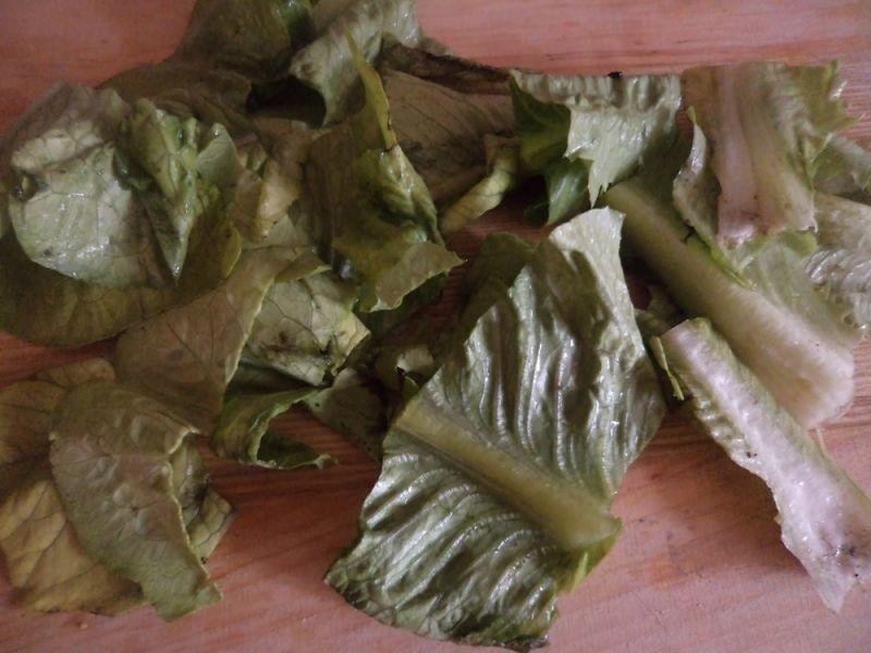 Jesienna sałatka z sałaty rzymskiej