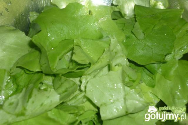 Jesienna surówka z sałatą i porem