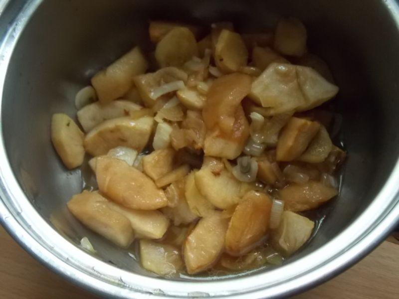 Kacze udka  z sosem jabłkowo-imbirowym