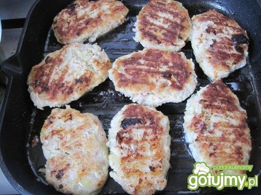 Kalafiorowo-mięsne kotlety