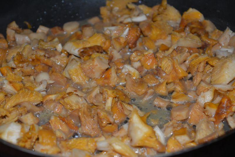 Karczek w sosie kurkowym
