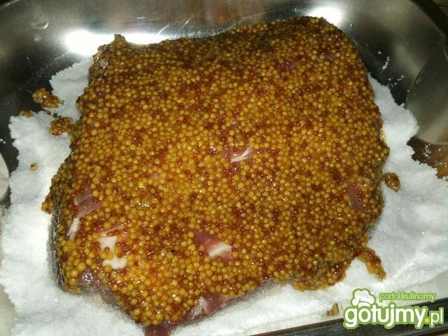 Karkówka pieczona na soli