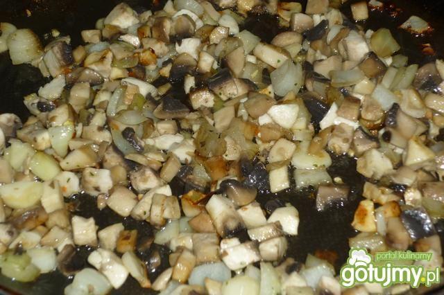 Karkówka w sosie pieczarkowym
