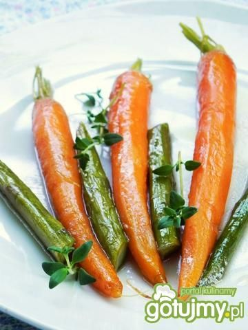 Karmelizowana marchewka ze szparagami