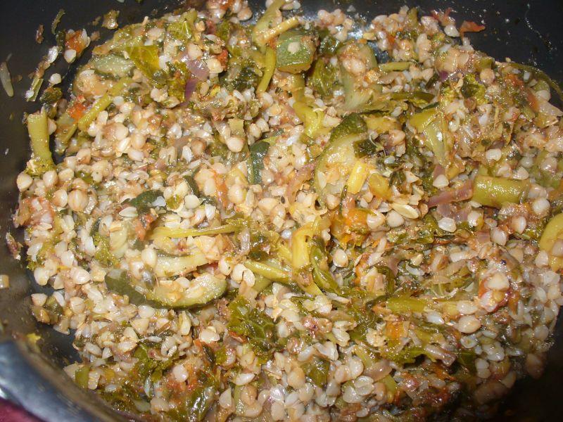Kaszotto z warzywami i jarmużem