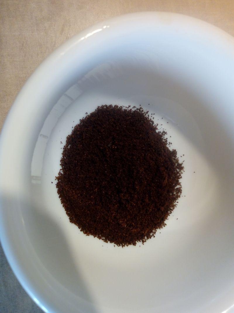 Kawa z migdałowym mlekiem