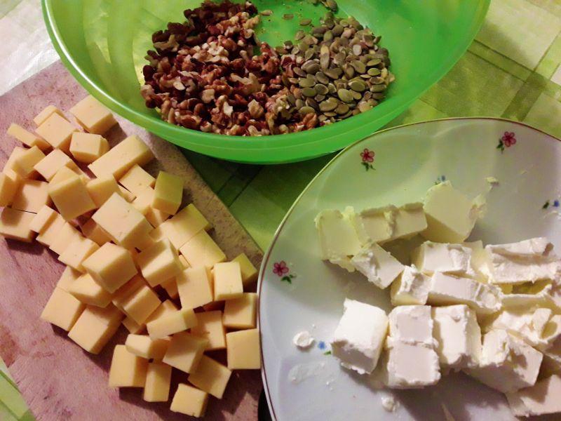 Keks jesienny wytrawny z dynią i brukselką