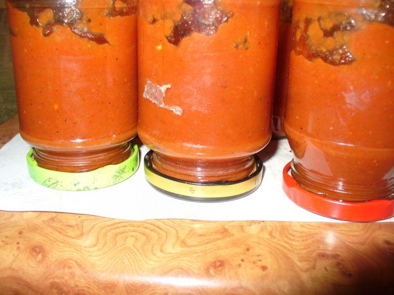 Ketchup domowy z ziołami