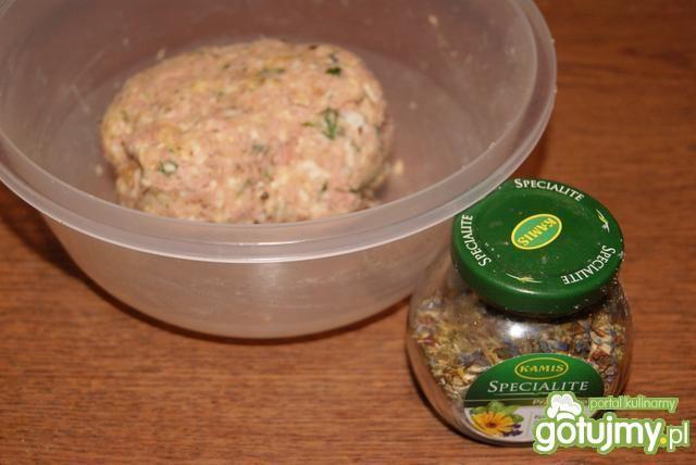 Klops z tuńczyka z puszki