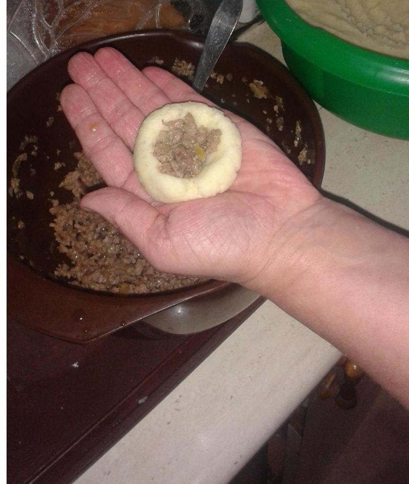 Kluski śląskie z mięsem mielonym