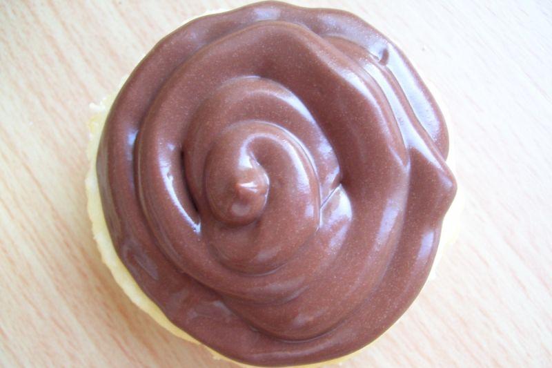 Kokosowe serniczki z musem czekoladowym
