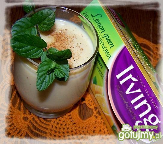 Koktajl jogurtowo-jabłkowy z herbatą