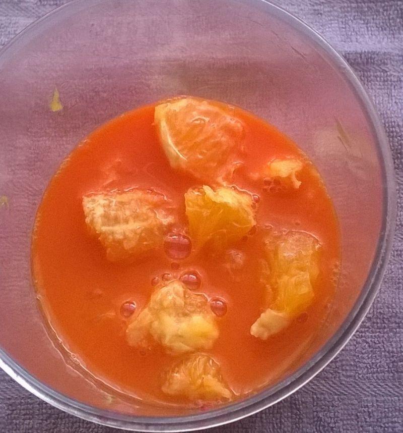 Koktajl malinowo - pomarańczowy na soku z marchewk