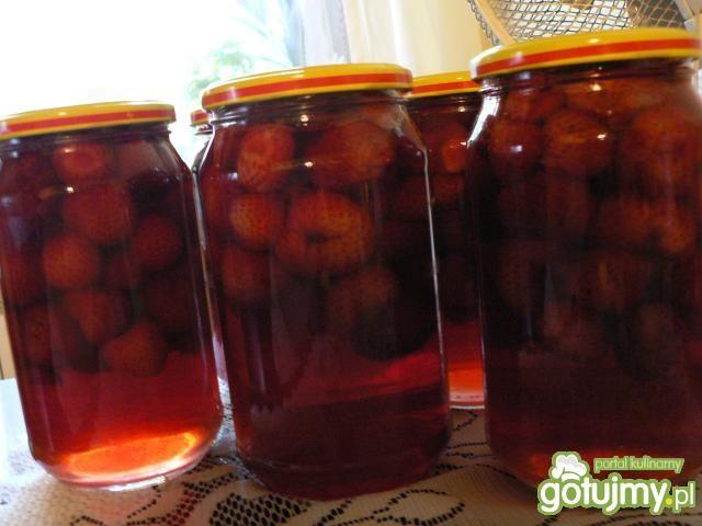Kompot truskawkowy