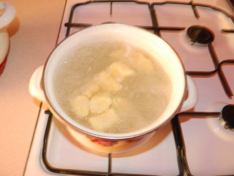 Kopytka tradycyjne kluski ziemniaczane